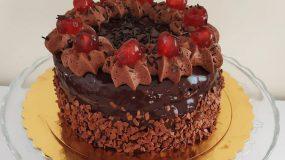 Συνταγή για τούρτα σοκολάτα: Σοκολατένια απόλαυση για μικρούς & μεγάλους!