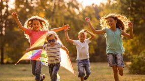 Τα παιδιά μαθαίνουν αυτό που βιώνουν μέσα στην καθημερινοτητά τους