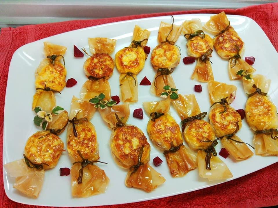 Τηγανιτά τυροπιτάκια - καραμελίτσες συνταγή