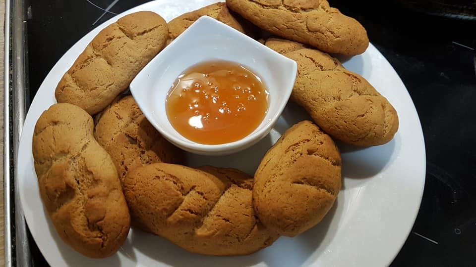 Συνταγή για πεντανόστιμα κουλουράκια μελιού