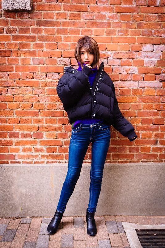 Τάσεις στα γυναικεία jean παντελόνια: μπλε jean παντελόνι