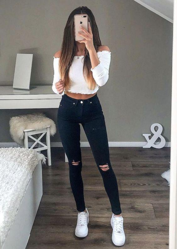 Τάσεις στα γυναικεία jean παντελόνια: σκούρο jean παντελόνι ψηλοκάβαλο