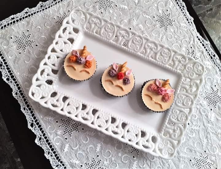 συνταγή για Κεράσματα με μπισκότα OREO και λευκή σοκολάτα