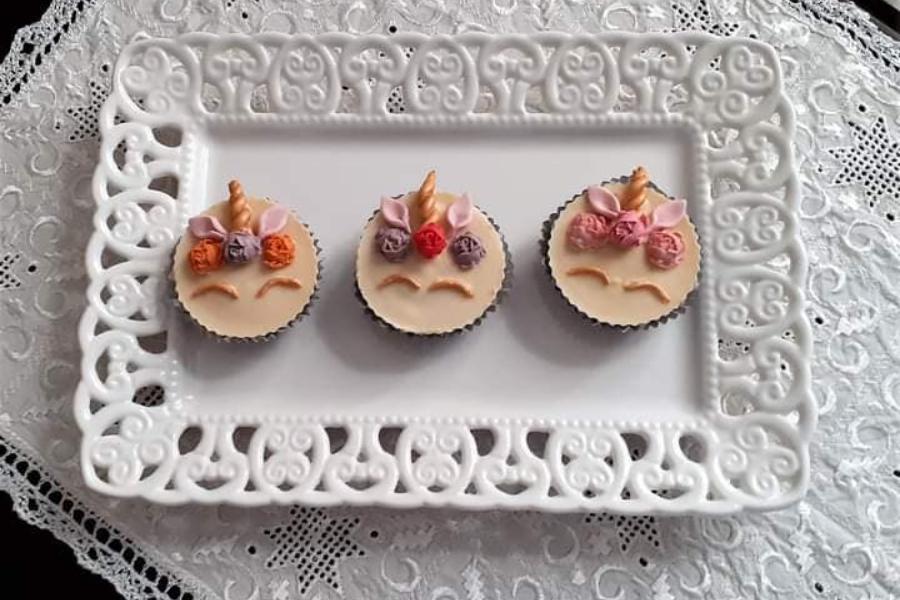 Κεράσματα με μπισκότα OREO βουτηγμένα στην λευκή σοκολάτα με σχήμα μονόκερου- Τα παιδιά θα τρελαθούν