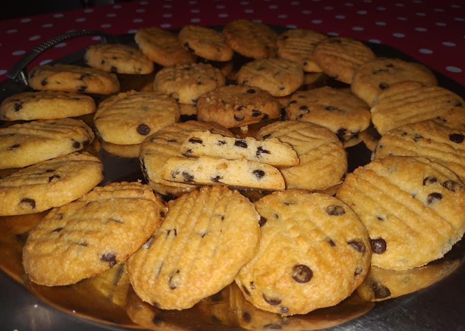 μπισκότα βουτύρου με σοκολάτα & μόνο 6 υλικά συνταγή