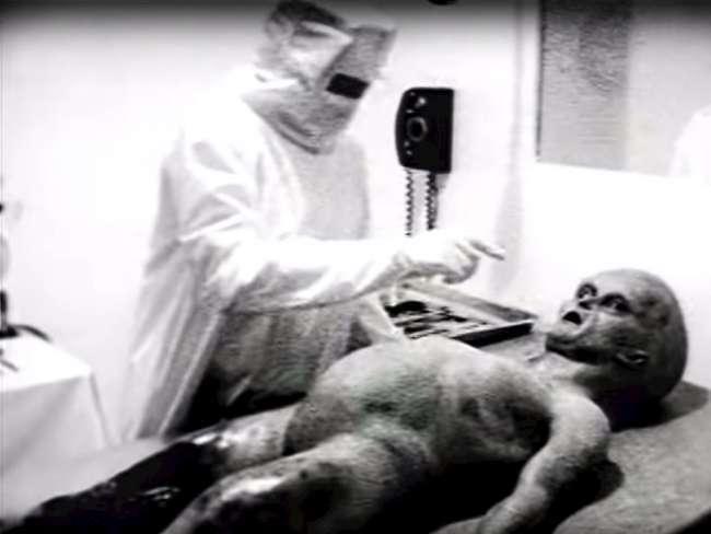 Ρόζγουελ: Η νεκροψία του εξωγήινου που αποδείχθηκε απάτη: Η ταινία