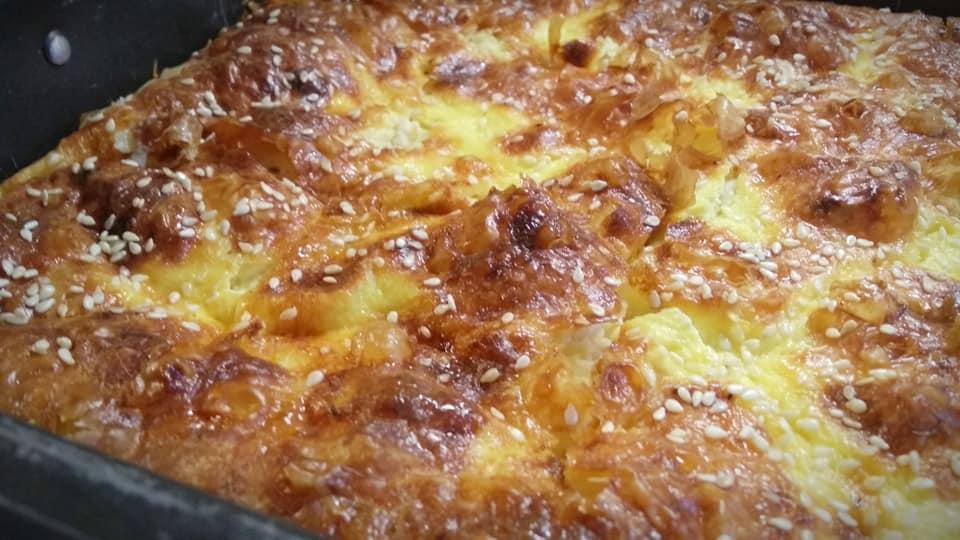 τυρόπιτα με φύλλο κρούστας συνταγή
