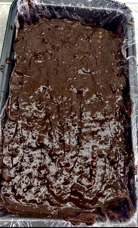 Νόστιμος κορμός σοκολάτας με ριγέ σχέδιο συνταγή