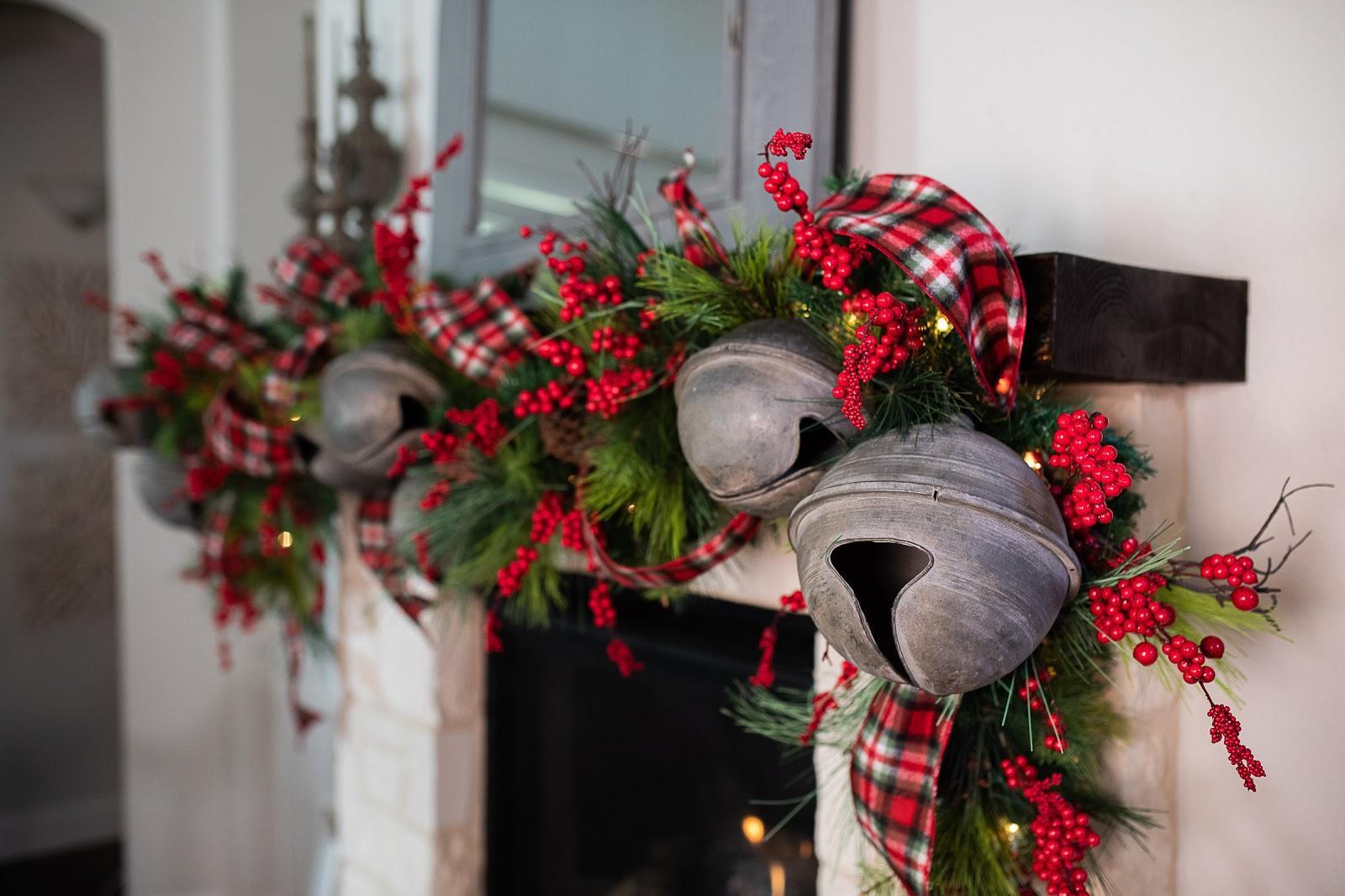 Christmas Decorating Trends 2020: μεταλλικά στολίδια στο σπίτι