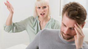 Τα πεθερικά μου ζητάνε συνεχώς λεφτά από τον άντρα μου – Σκέφτομαι να χωρίσω