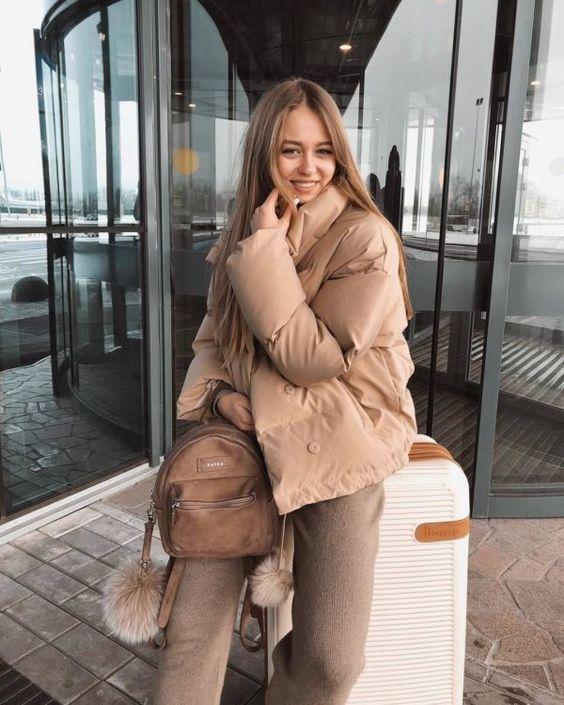 Puffer jackets: μπεζ puffer jacket