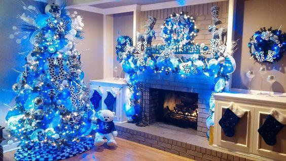 Χριστουγεννιάτικη διακόσμηση: μπλε φώτα για τα Χριστούγεννα