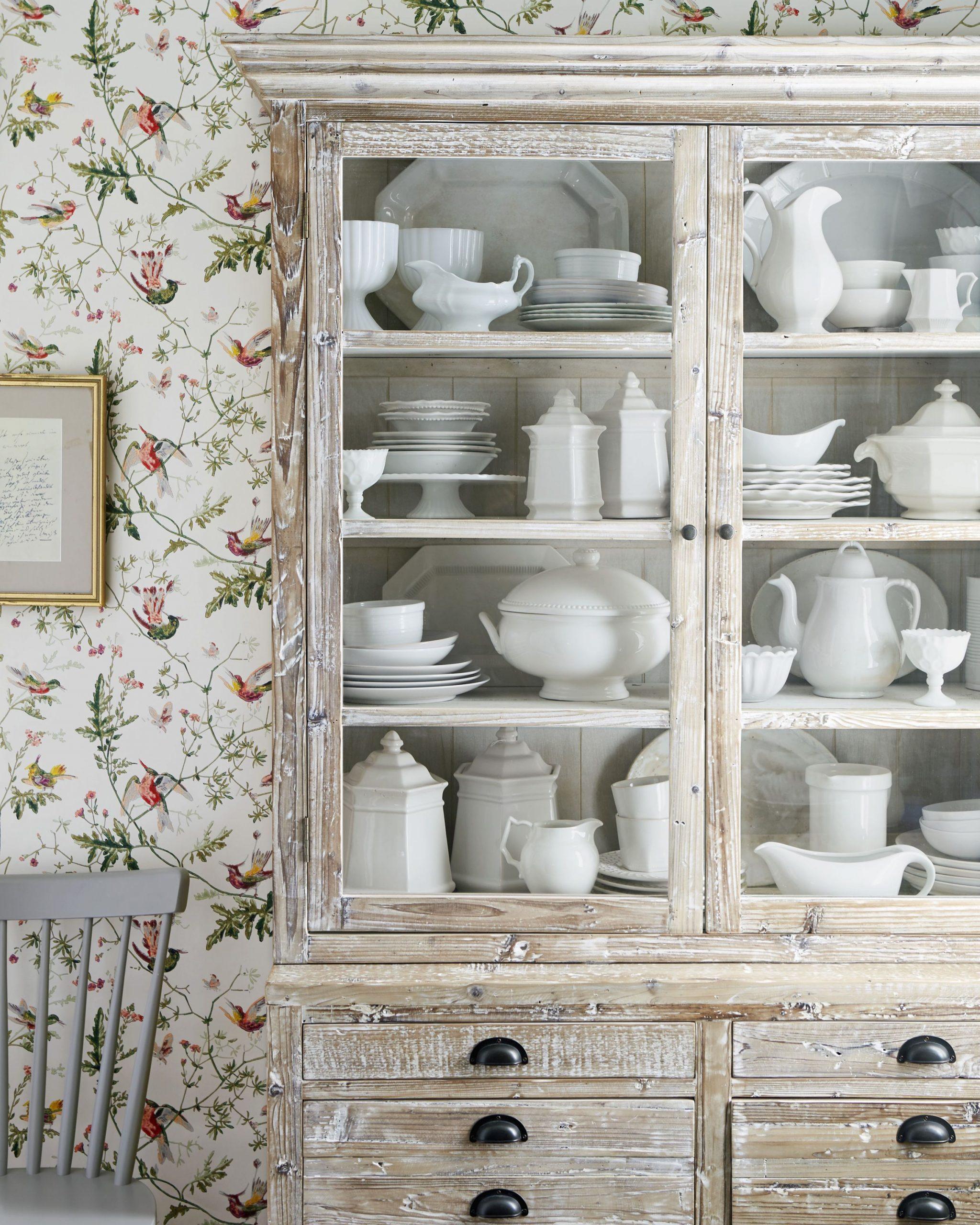 Vintage διακόσμηση στο σπίτι: σύνθετο αντίκα με vintage κουζινικά