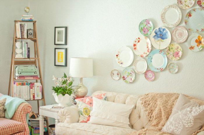 Vintage διακόσμηση στο σπίτι: διακόσμηση τοίχου με vintage πιάτα