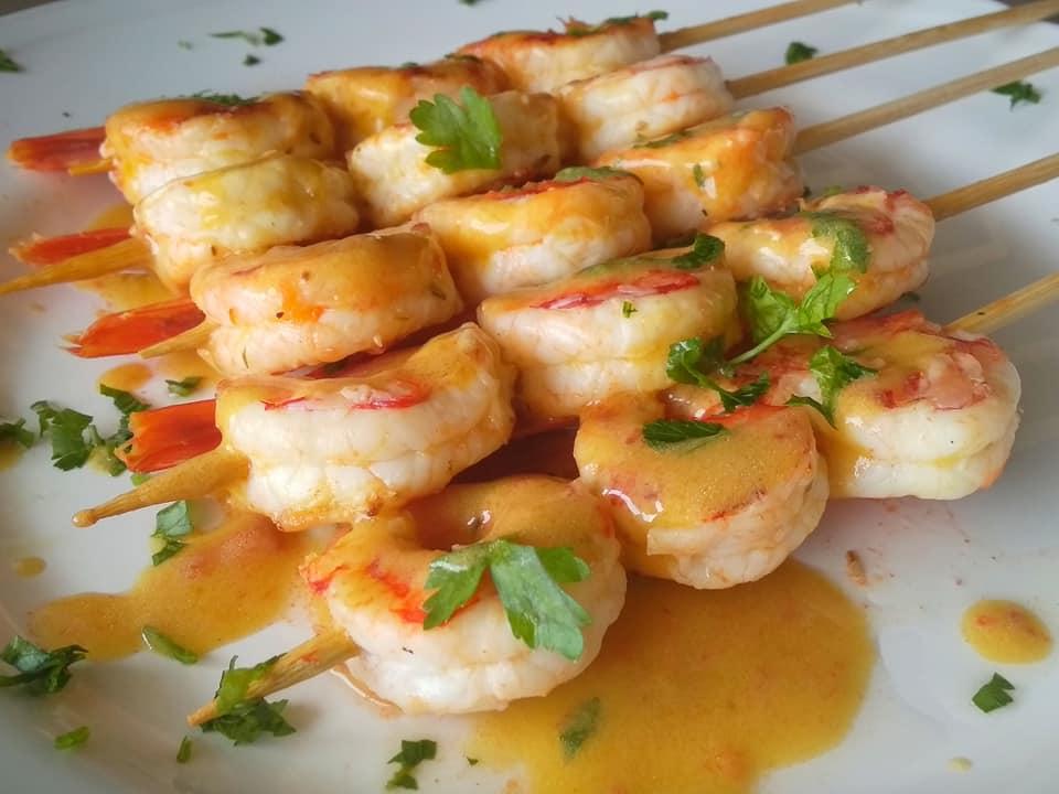 Γαρίδες σουβλάκι με σάλτσα μουστάρδας συνταγή