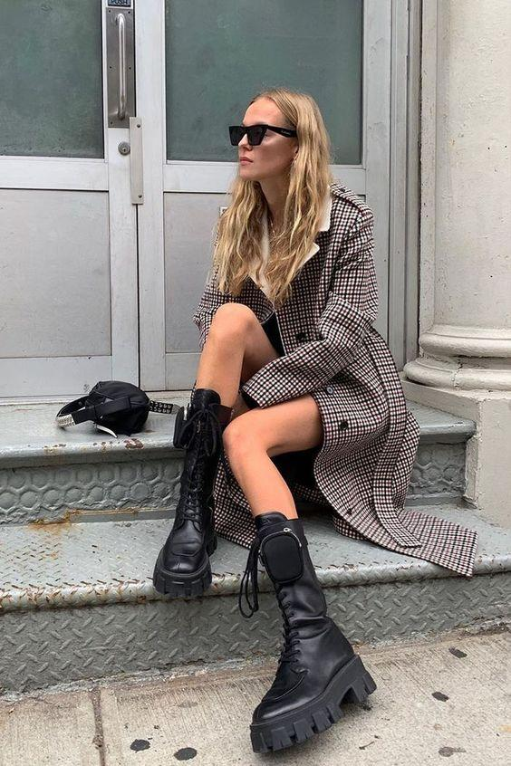 Chunky Boots: Καρό πανωφόρι και chunky boots