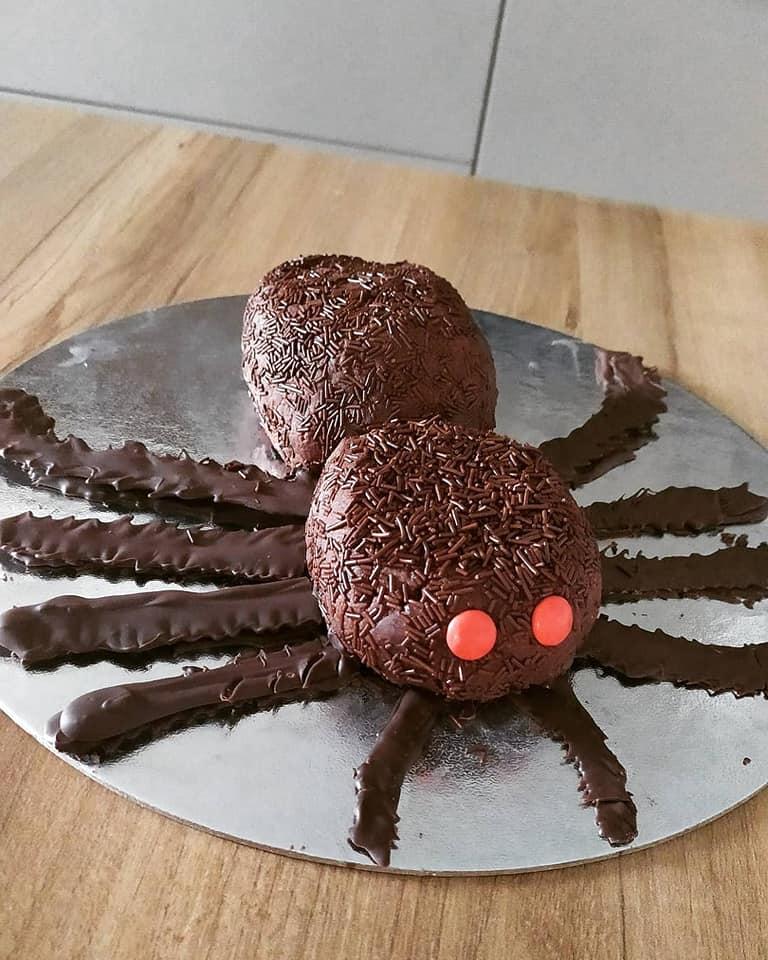 Συνταγή για Αποκριές_ Σοκολατένια αράχνη_