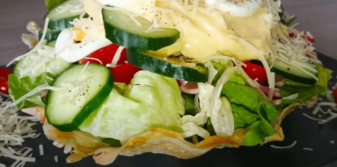 Σαλάτα του Σεφ σε φωλιά με χειροποίητη μαγιονέζα συνταγή