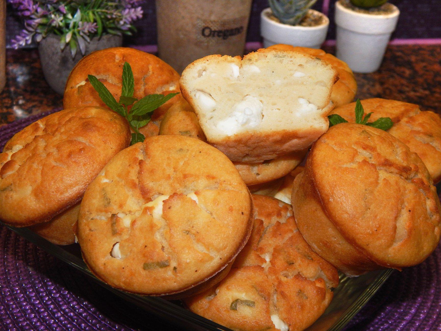 αλμυρά muffins με φέτα και δυόσμο συνταγή