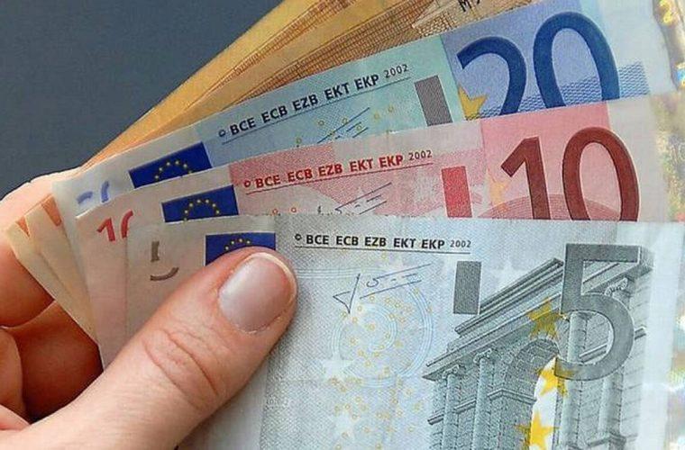 Πότε θα πληρωθούν τα επιδόματα των 800 ευρώ, των μακροχρόνιων και των επιδοτούμενων άνεργων- Τι ισχύει με τις ρυθμίσεις