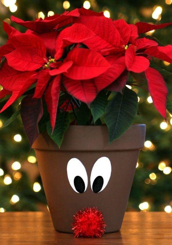 Χριστουγεννιάτικες κατασκευές με πήλινες γλάστρες: Χριστουγεννιάτικη γλάστρα με ψεύτικα λουλούδια