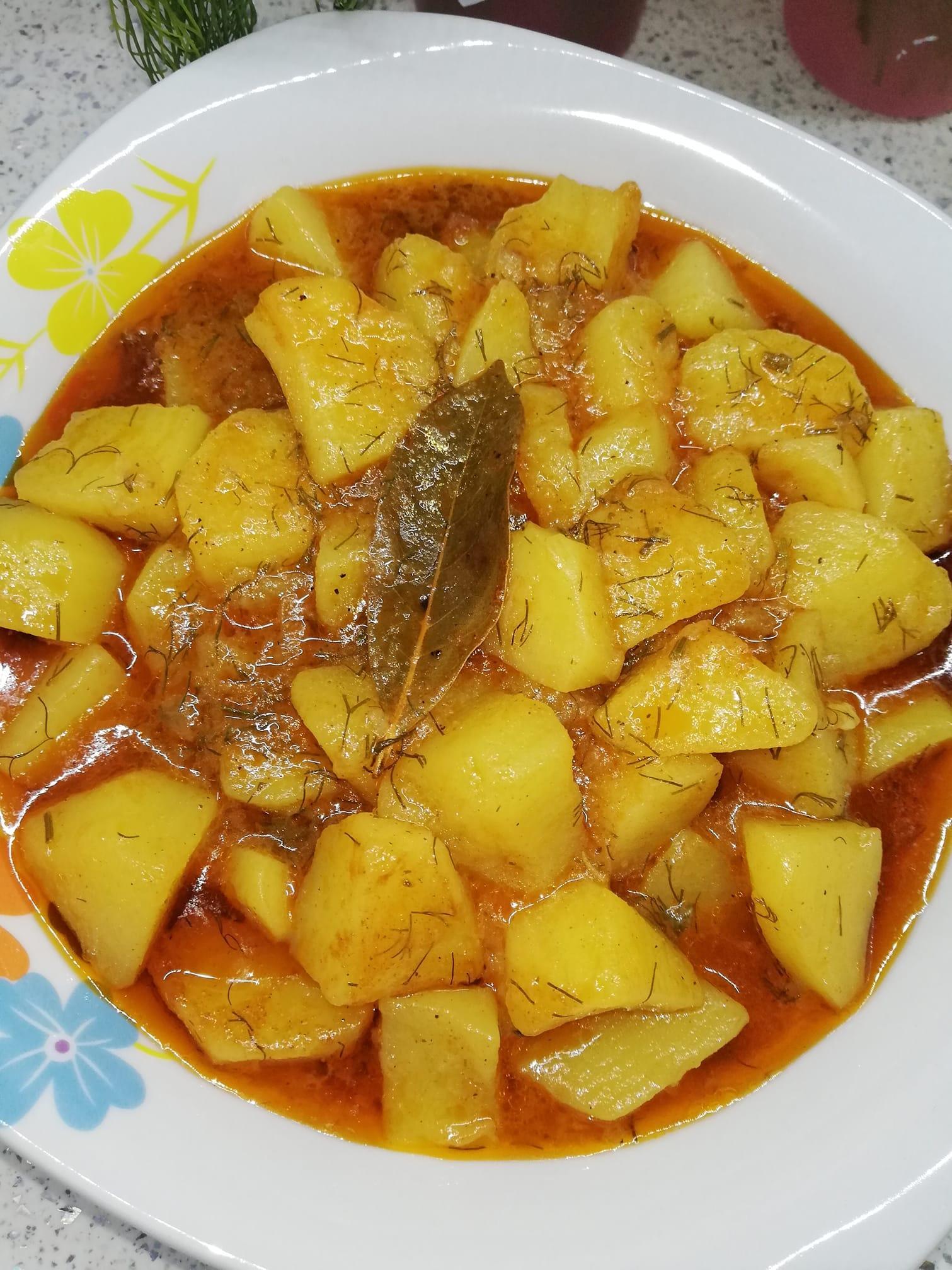 Παραδοσιακές_ πατάτες_ γιαχνί_ με όλα τα μυστικά_Συνταγή_