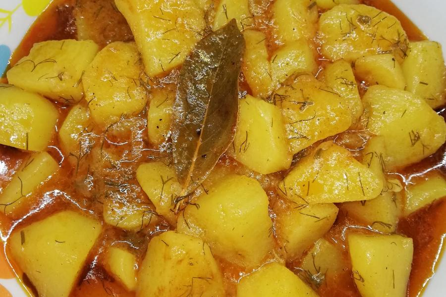 Παραδοσιακές_ πατάτες γιαχνί_ με όλα τα μυστικά_
