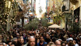 Lockdown  Χριστούγεννα : Όλα τα σενάρια για το πότε  επιστέφουμε στην κανονικότητα