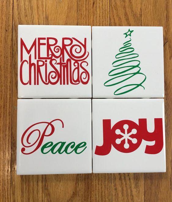 Ιδέες για χριστουγεννιάτικα χειροποίητα κεραμικά σουβέρ: Χριστουγεννιάτικο κεραμικά κόκκινα σουβέρ ντυμένα με χαρτί και χριστουγεννιάτικα σχέδια κεραμικά σουβέρ: Χριστουγεννιάτικα λευκά κεραμικά σουβέρ με χριστουγεννιάτικα δέντρα
