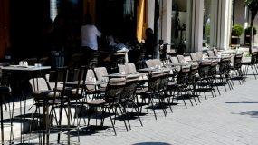 Πέτσας – Lockdown: Τα σχολεία και λιανεμπόριο θα ανοίξουν πρώτα – Τι γίνεται με μπαρ και κέντρα διασκέδασης;