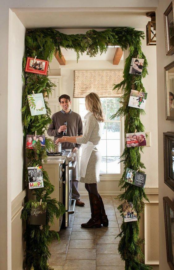 χριστουγεννιάτικη διακόσμηση: Χριστουγεννιάτικες γιρλάντες με οικογενειακές φωτογραφίες