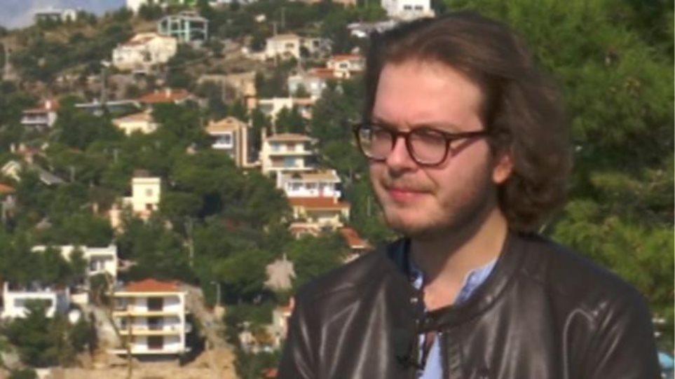 Γιώργος Παπαδάκης: Μας συστήνει τον 23χρονο γιο του που είναι μουσικός