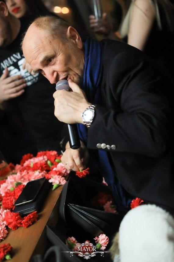 Πέθανε ο τραγουδιστής Χάρης Γαλανός