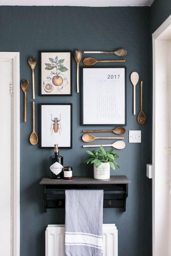 Φθηνό διακοσμητικό για το σπίτι με ξύλινες κουτάλες