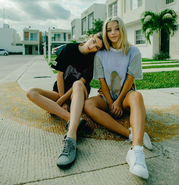 Έφηβες κολλητές φίλες