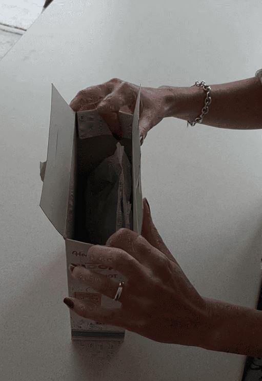 έξυπνο κόλπο για να κλείνεις το κουτί με τα δημητριακά για να μην μπαγιατεύουν