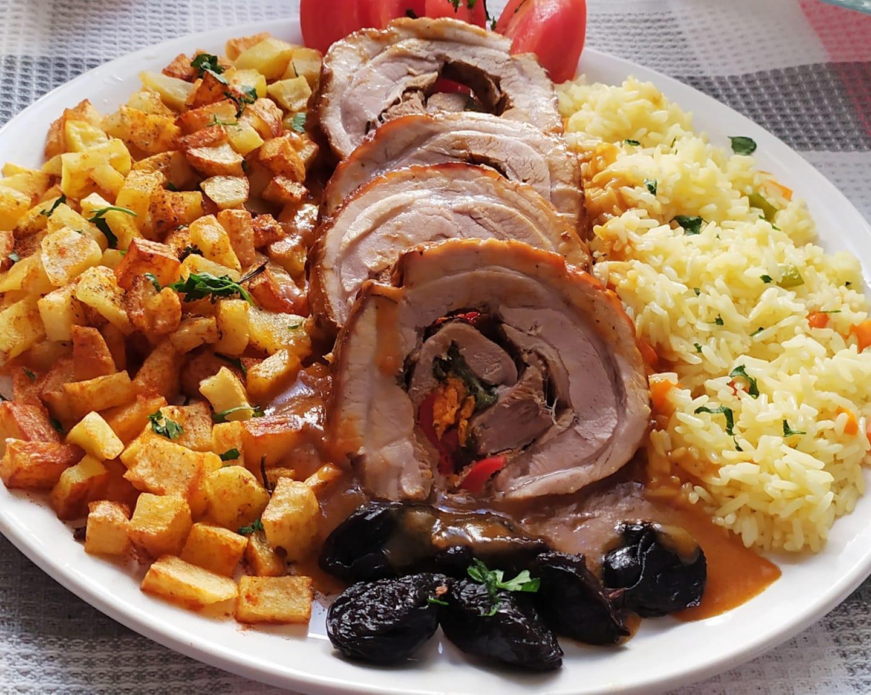 Καραμελωμένο γεμιστό χοιρινό ρολό της Γκόλφως με αξεπέραστη σάλτσα