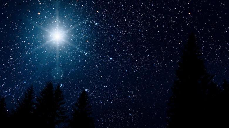 """""""Αστέρι της Βηθλεέμ"""": Μαγευτικές φωτογραφίες του πιο σπάνιου αστρονομικού φαινομένου"""