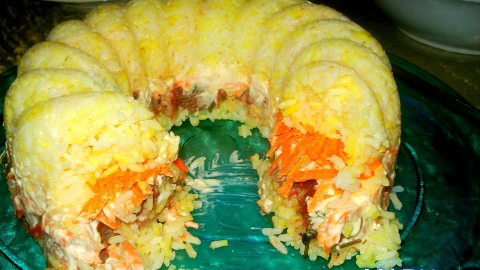 Μοσχάρι με ρύζι σε φόρμα: Φανταστική ιδέα για μπουφέ