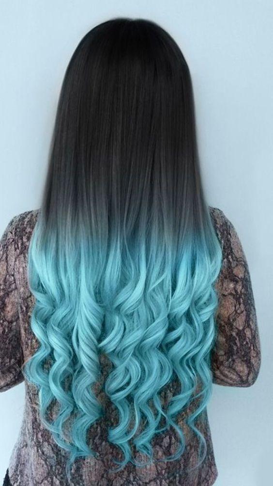 όμπρε μπλε στα μαλλιά