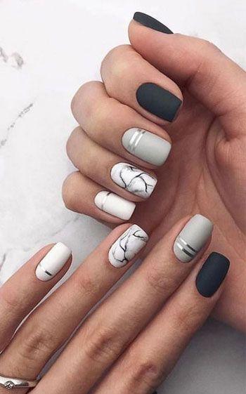 Μαύρα, γκρι και λευκά νύχια για τον Ιανουάριο του 2021 με σχέδια