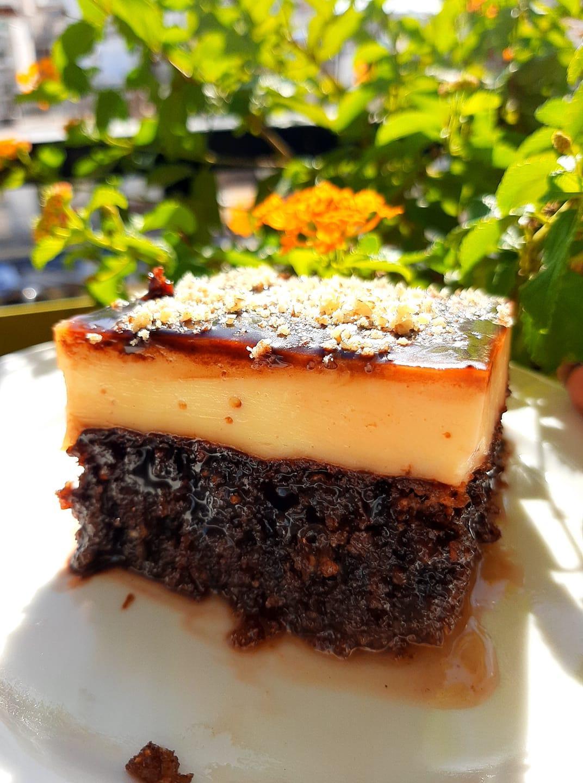 συνταγή για καρυδόπιτα με κρέμα σοκολάτας_