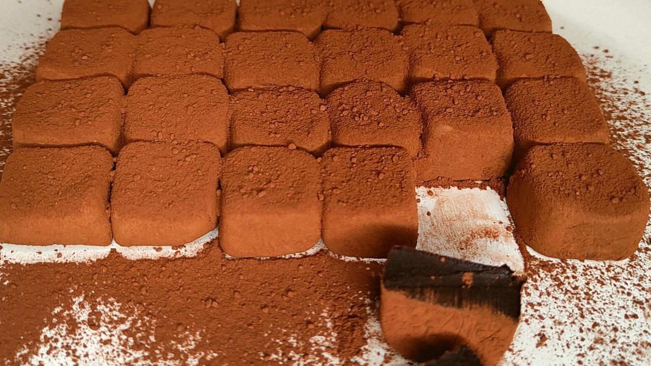 Συνταγή_ για_ λουκούμια με σοκολάτα_