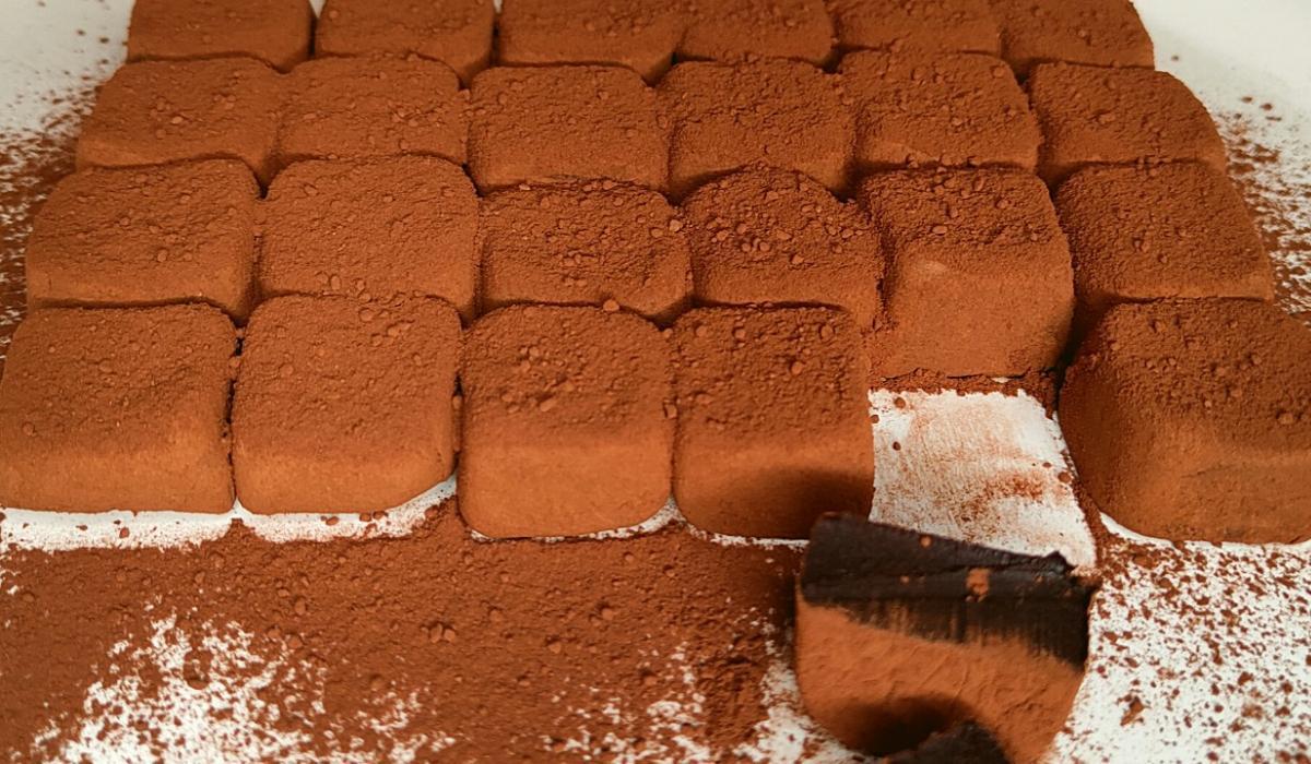 Συνταγή για_ σοκολατένια λουκούμια_