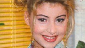Δεν αναγνωρίζεται! Η Άννα Μαρία Λογοθέτη άλλαξε μαλλιά και στιλ και είναι μια άλλη (εικόνες)