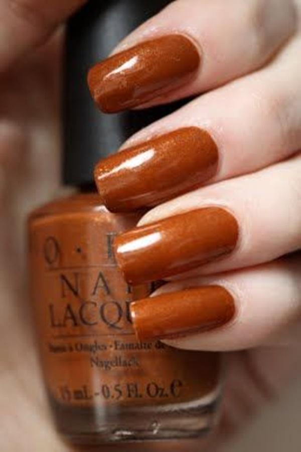Σοκολατί χρώμα στα νύχια_