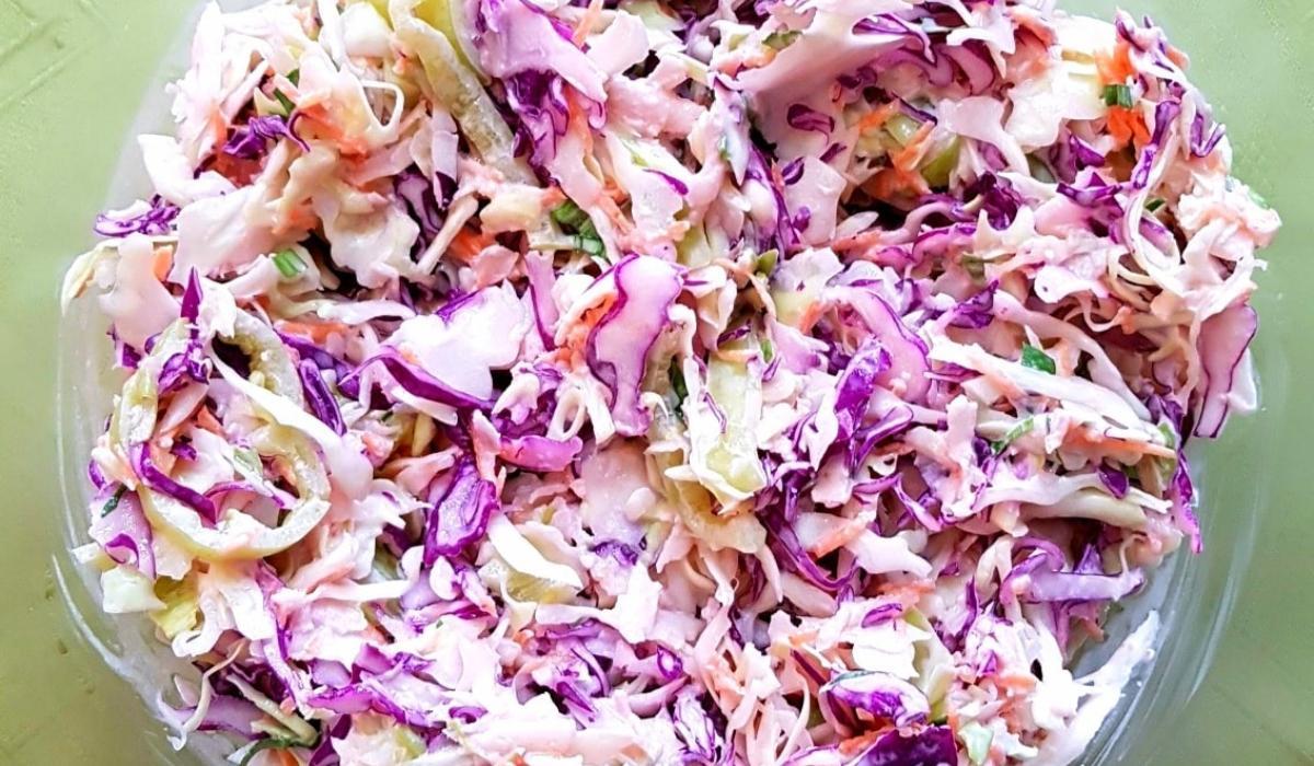 Σαλάτα_ με λάχανο _και μαγιονέζα_