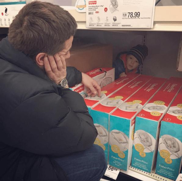 παιδί_ στο supermarket_