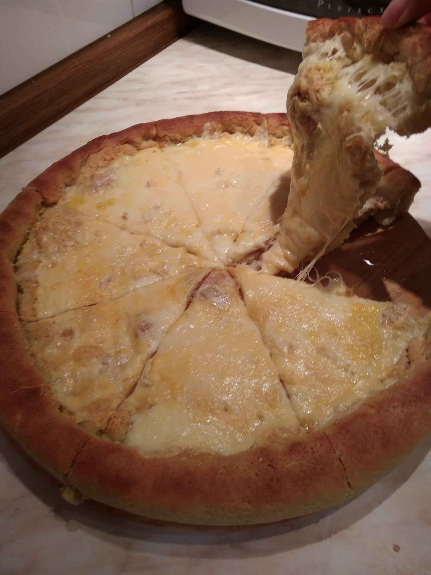 Φουσκωτό _σκορδόψωμο με τυρί_ κόλαση _