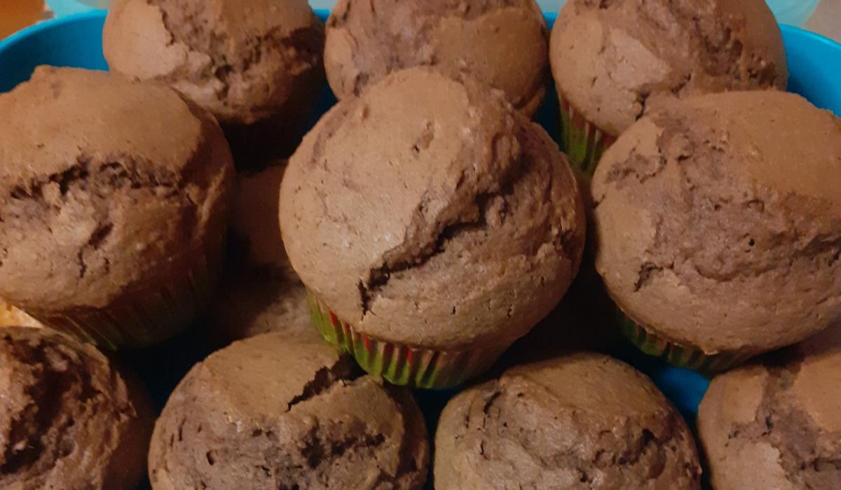Αφράτα muffins_ με κάστανο _και κακάο_